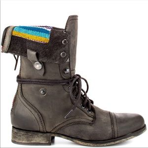 Steve madden Camarro combat boots